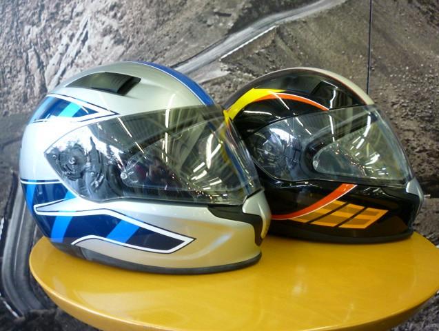 BMW純正ヘルメットの歴史7_e0254365_19545225.jpg