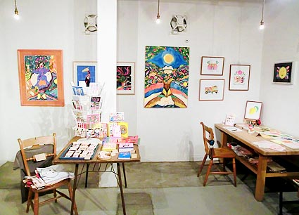 Boojil Exhibition「クリスマスだよ!全員集合」始まりました!_d0193211_23284225.jpg