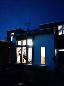 -夕刻の「家」-_f0135515_17472427.jpg