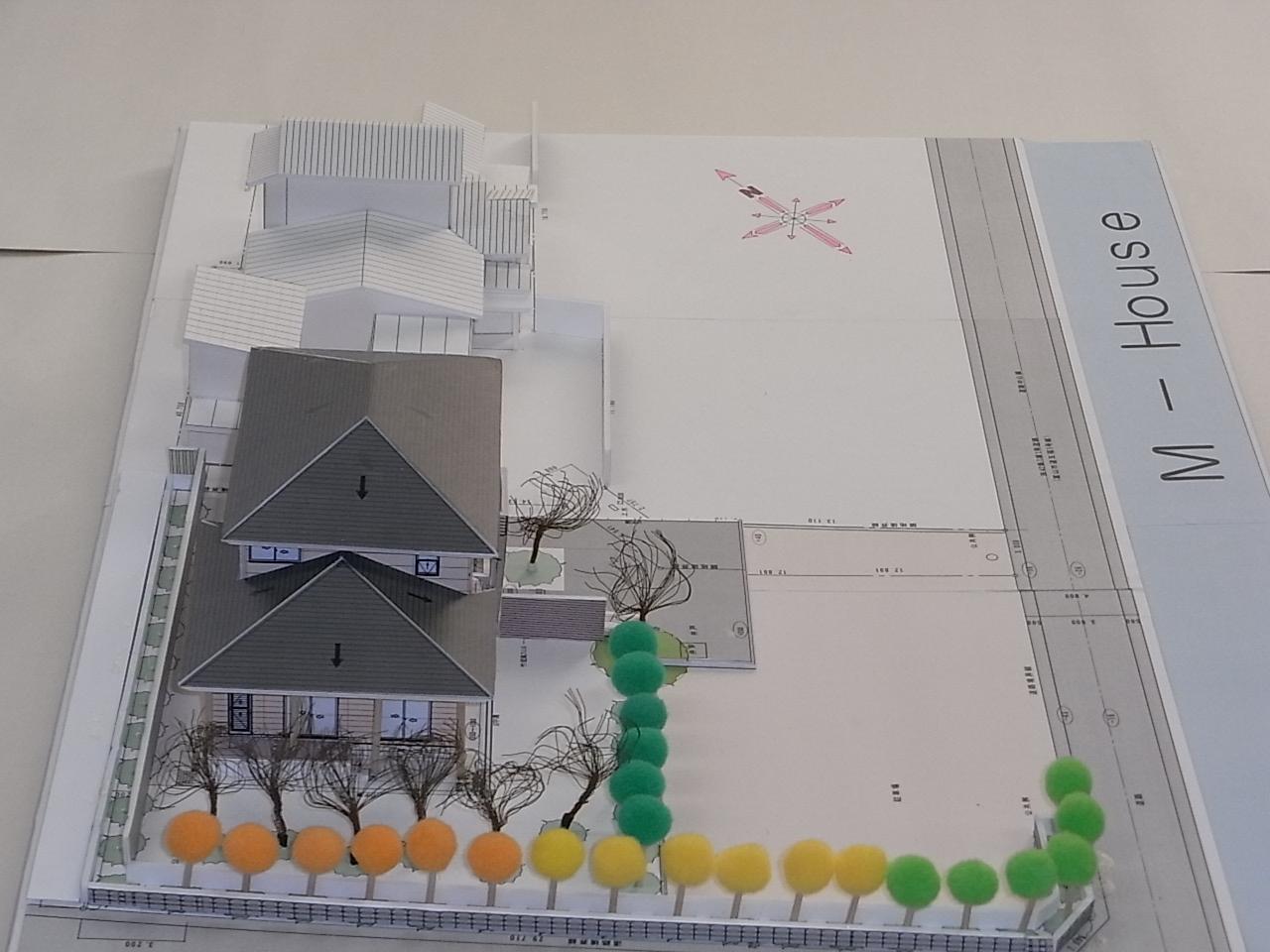 m-house模型_c0194417_11513177.jpg