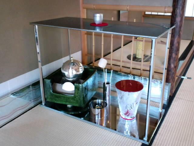 白鳥庭園でお茶会展示やります_e0209927_1210123.jpg