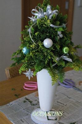 クリスマスリース&ツリー・レッスン_e0158355_13405381.jpg