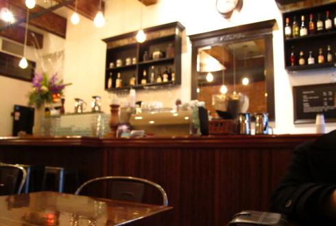 ランチタイムをはずしたら「Cafe Medina」_d0129786_16182375.jpg