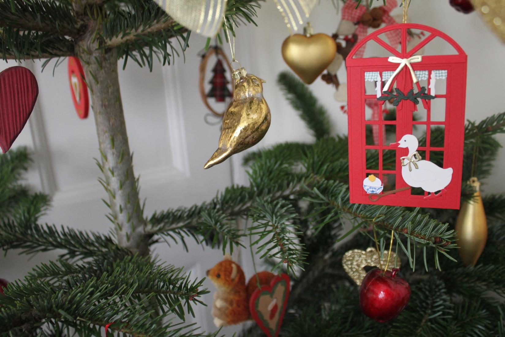 クリスマスツリー 2011_a0137487_0294687.jpg