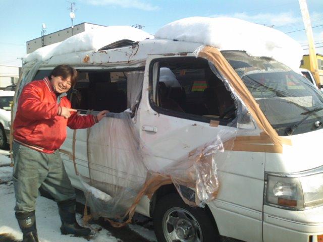 ランクル TOMMY札幌店 12月8日!小野様 グランビア 納車☆_b0127002_22151057.jpg