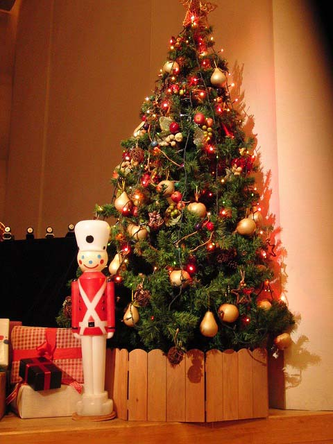 「MAUハンドベルリンガーズ」のクリスマスコンサート_f0141310_6545951.jpg