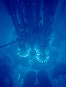福島第一原発の強烈な光、どこが光ったのだろうか?:多分「共用プール」か?_e0171614_9291425.jpg