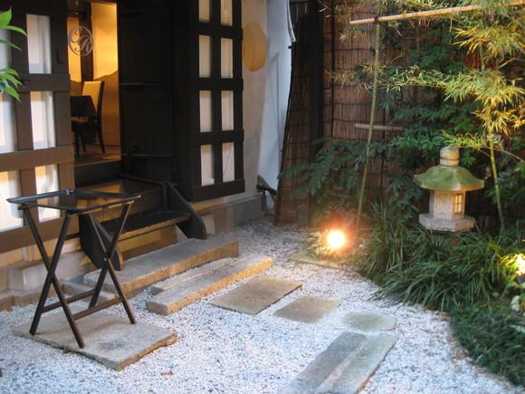 京町屋カフェ庭工事-2-_e0128446_10264849.jpg