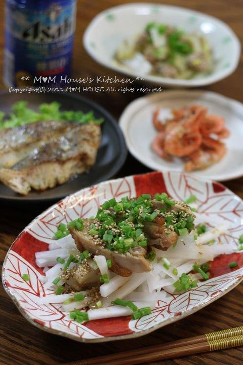 今日のお弁当 ☆ ケンタロウレシピ・大根とカリカリ鶏のサラダ仕立て♪_c0139375_11223792.jpg