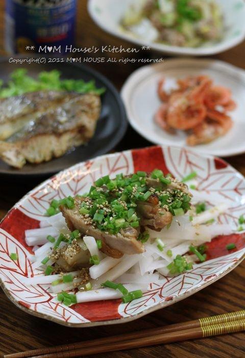 今日のお弁当 ☆ ケンタロウレシピ・大根とカリカリ鶏のサラダ仕立て♪_c0139375_11253025.jpg