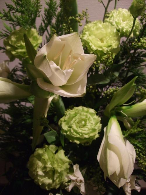 オークリーフ(お悔やみのお花)_f0049672_18452821.jpg