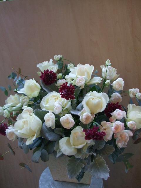 オークリーフ(お悔やみのお花)_f0049672_18465995.jpg