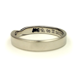 MARRIAGE RING ~ribbon & motorcycle~ 後篇_e0131432_1116175.jpg