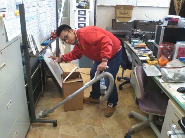 ランクル TOMMY札幌店 12月11日!2人営業☆_b0127002_20372242.jpg