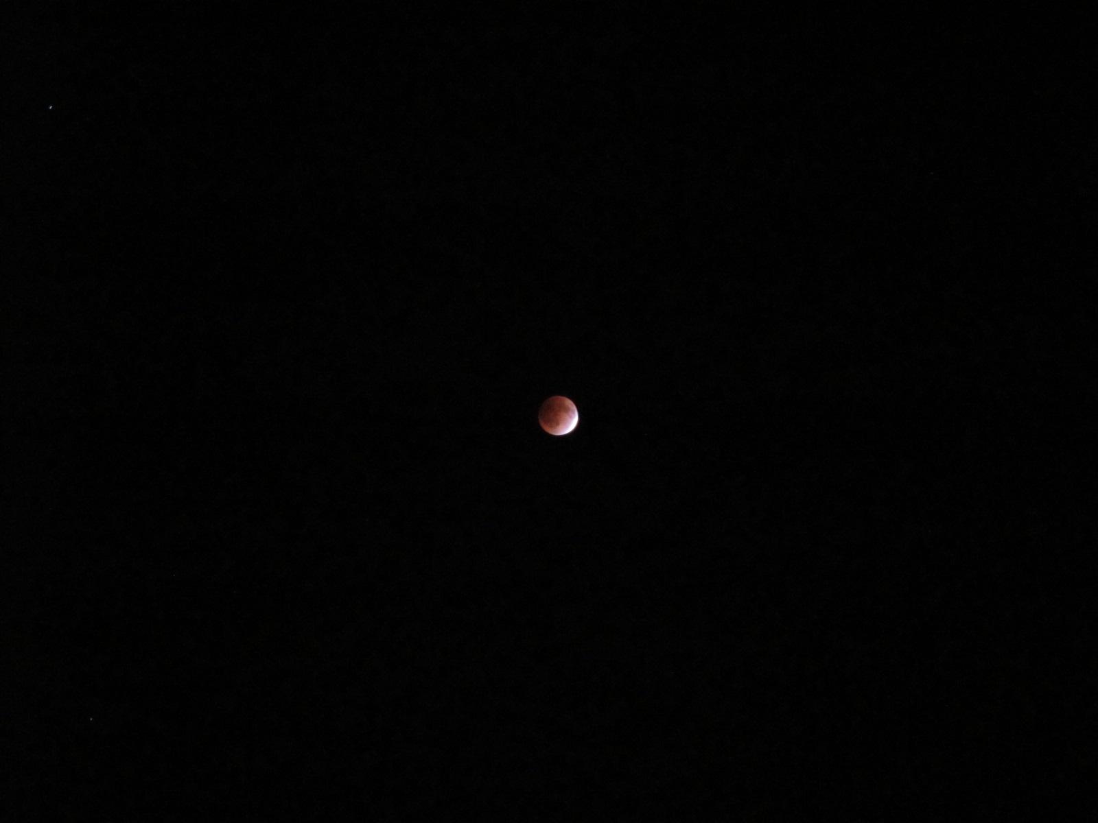 皆既月食!!_b0152504_012318.jpg