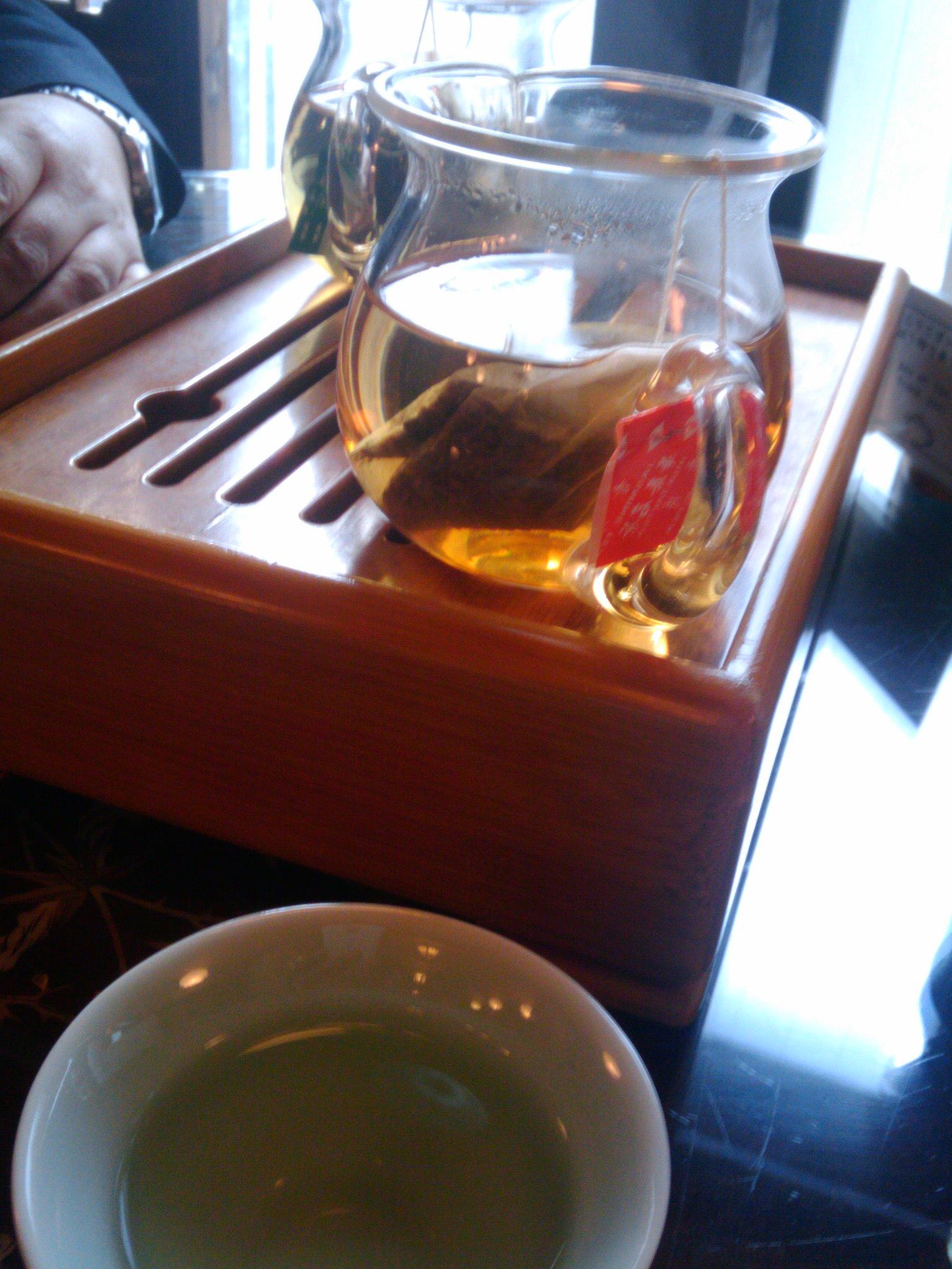 華泰茶荘にてビジネスランチ_e0123104_8523149.jpg