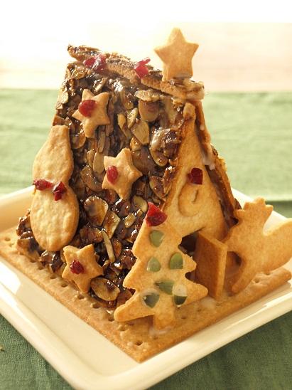 米粉クッキーでつくる、クリスマスのお菓子の家☆_d0128268_0541435.jpg