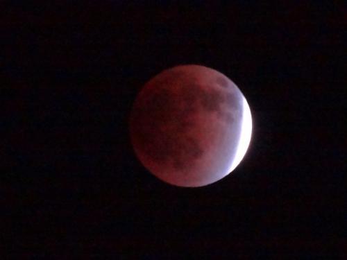 皆既月食_f0201286_9583367.jpg