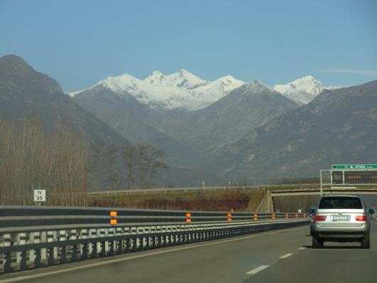 スイス旅行☆INTERLAKEN インターラーケン_b0246303_1941153.jpg