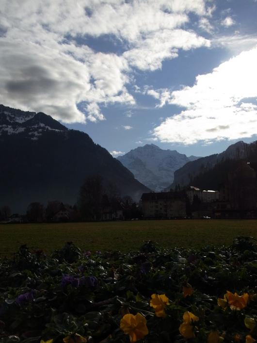 スイス旅行☆INTERLAKEN インターラーケン_b0246303_19494211.jpg