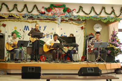 12/11聖愛園クリスマス会を盛大に開催しました☆_a0154110_113336.jpg