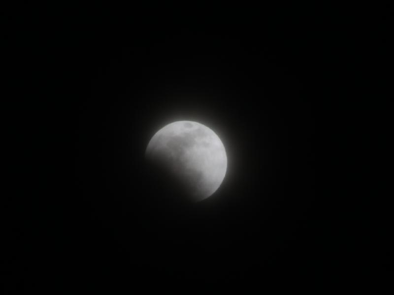 皆既月食_d0159738_7443498.jpg