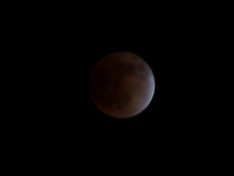 皆既月食_d0159738_7472323.jpg