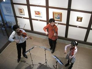クライネムジカ・ヴァイオリンコンサート_f0233340_0323998.jpg