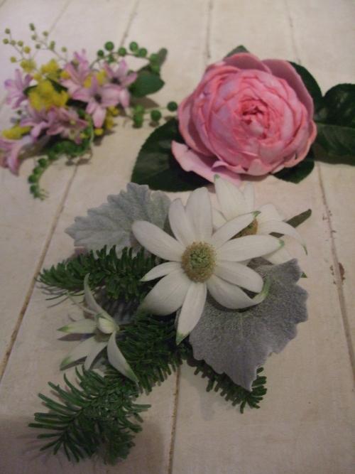 オークリーフ花の教室(落合さんの作品)_f0049672_1885833.jpg