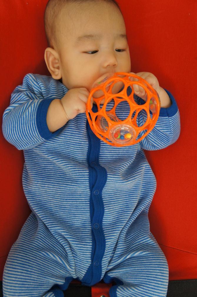 3.5ヶ月の息子、そしてママ_e0253026_22252048.jpg