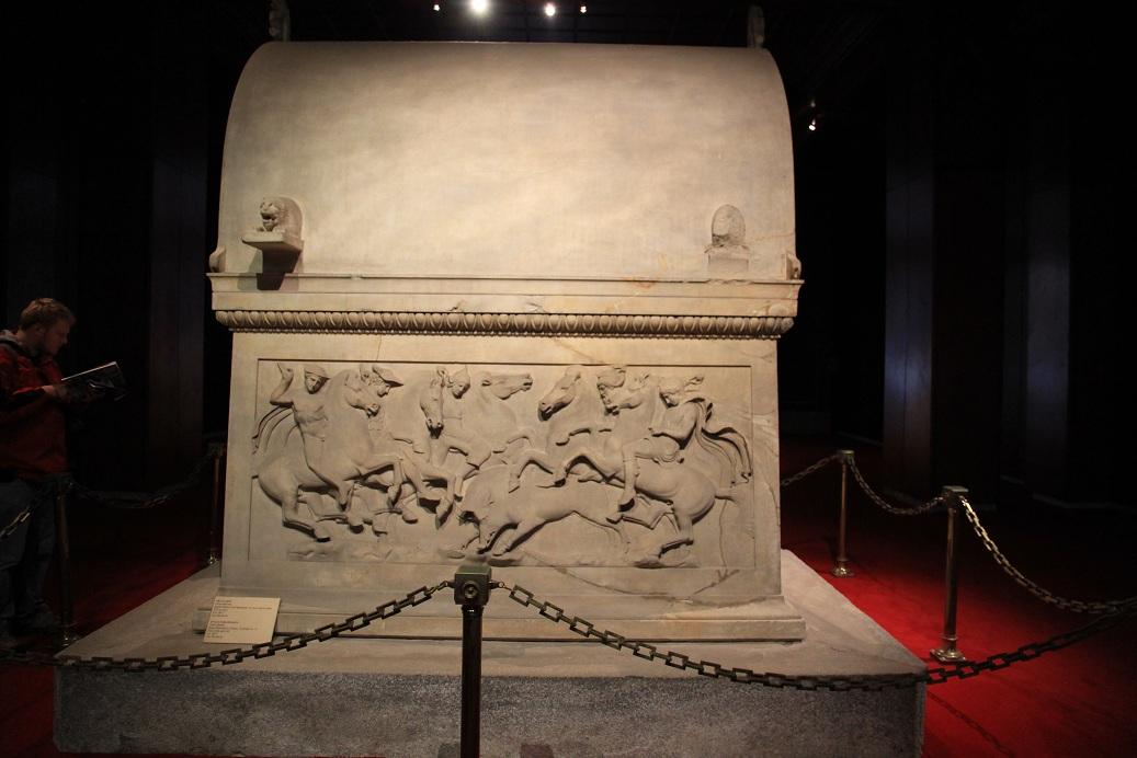 リキアの棺       イスタンブール その16_a0107574_20164764.jpg