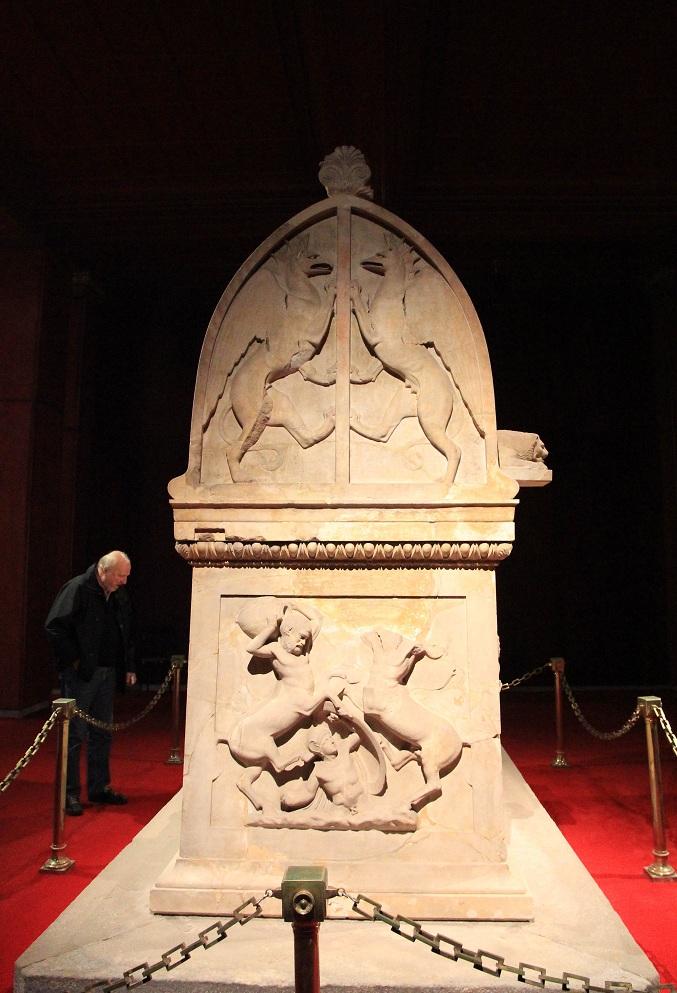リキアの棺       イスタンブール その16_a0107574_20181412.jpg