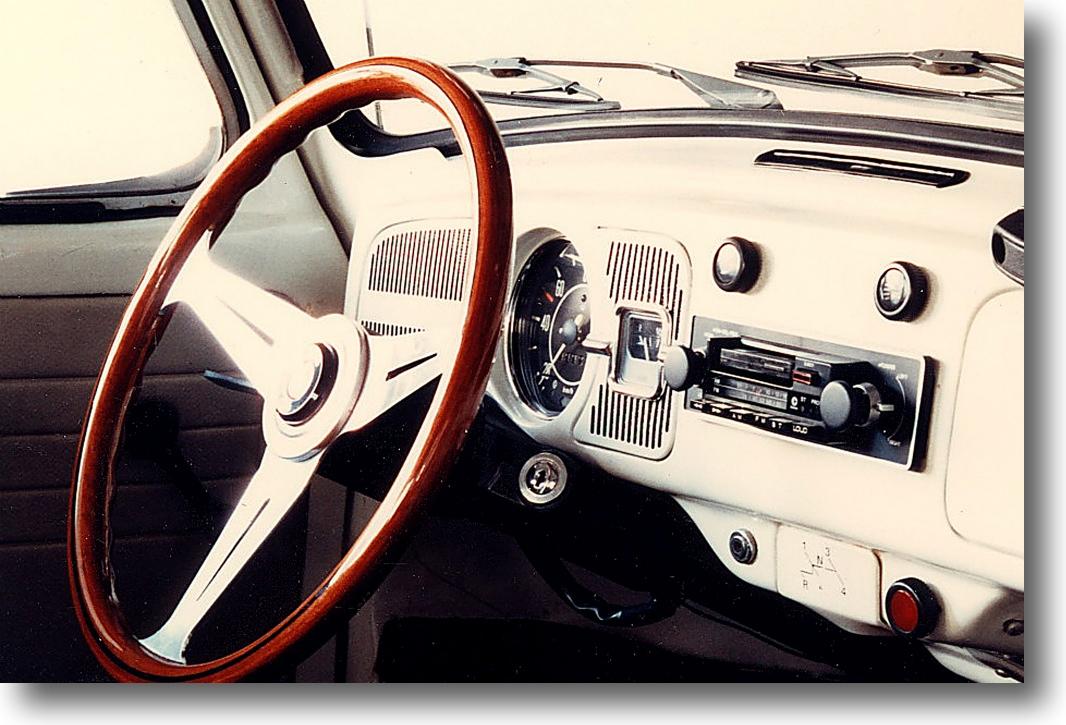 懐かしい車 1_f0099102_12362989.jpg