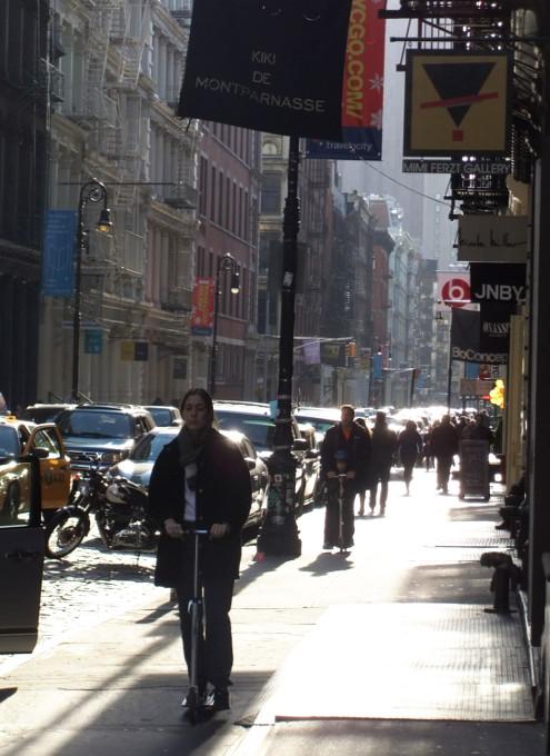 神々しさすら感じるニューヨークの冬の陽射し_b0007805_0191469.jpg