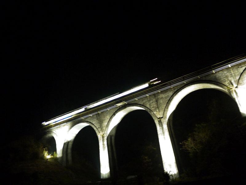 東峰村のめがね橋がライトアップされています_f0225817_1254424.jpg