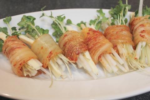 豚キムチと豆もやしの土鍋炊き込みご飯_a0223786_139798.jpg