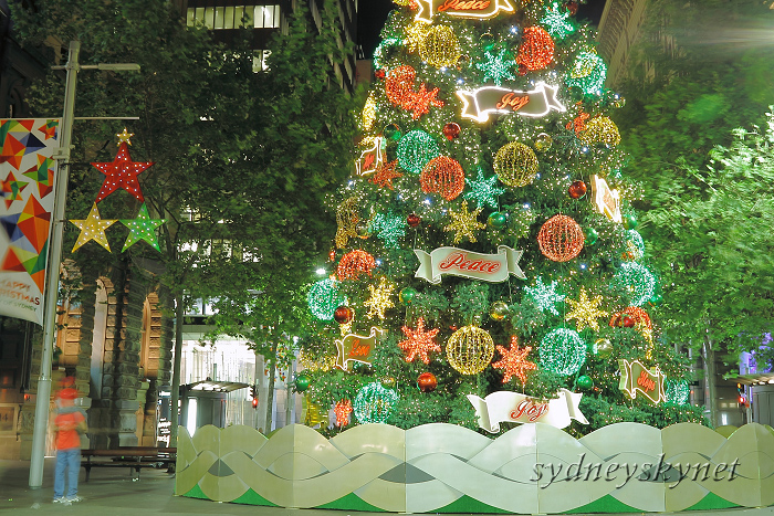 Merry Christmas 2011 Martin Place_f0084337_1217129.jpg