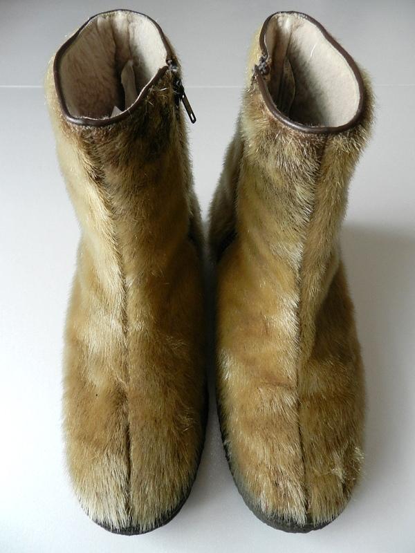 seal skin boots_f0226051_12244669.jpg