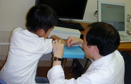 子ども達、予防接種頑張っています!_e0251068_17105632.jpg