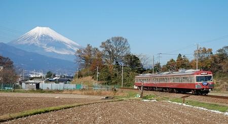 駿豆線の赤い電車_e0030537_19521164.jpg