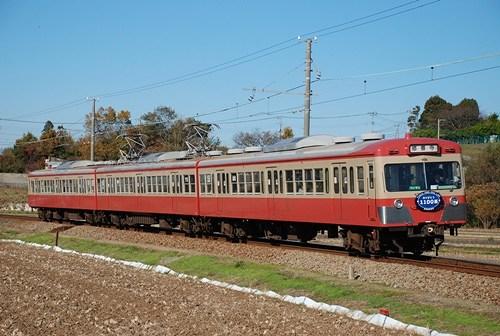 駿豆線の赤い電車_e0030537_19535879.jpg
