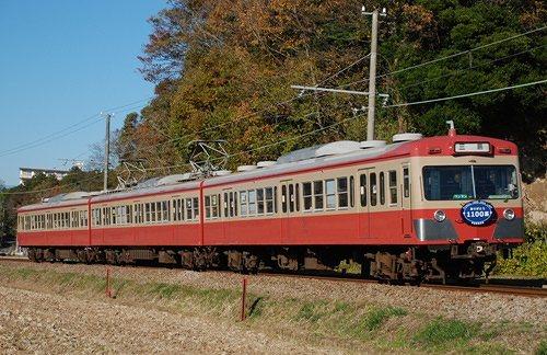 駿豆線の赤い電車_e0030537_19541954.jpg