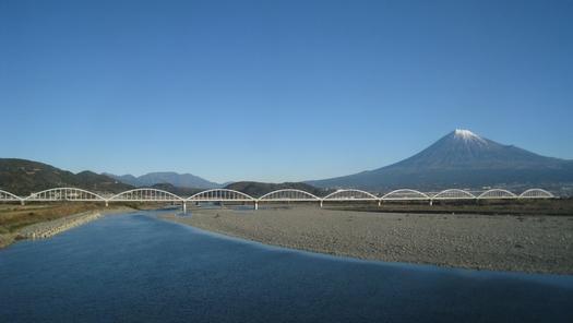 東京へ 新幹線からの富士山_c0134734_8481834.jpg
