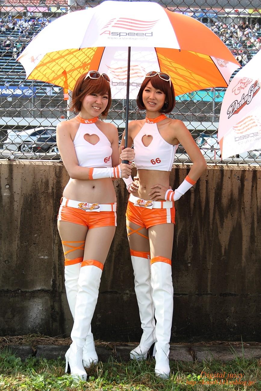 村西加奈恵 さん(2011 Dechau! Gairls Race Queen)_c0216181_9222397.jpg