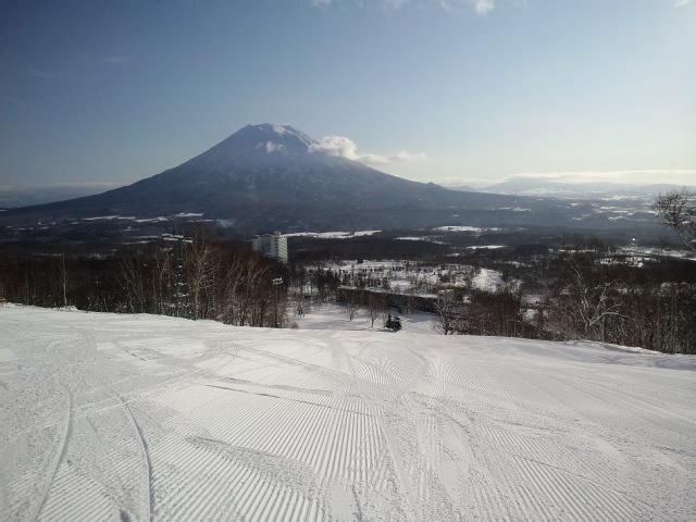 初滑り in ニセコスキー場_e0231387_12102568.jpg