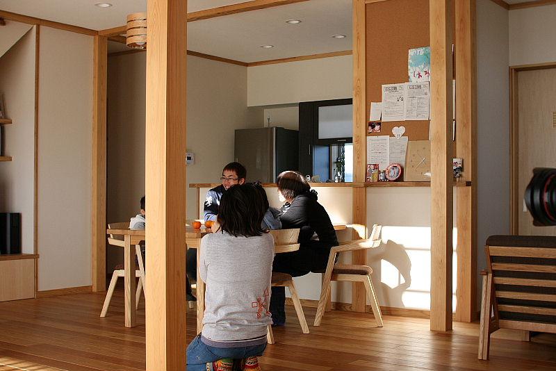 東細谷町の家 完成写真_e0145995_18271744.jpg