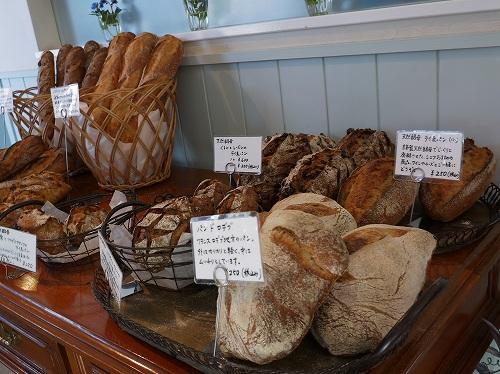 ラスクを求めて南あわじのパン屋さんへ ♪_f0223914_1261511.jpg