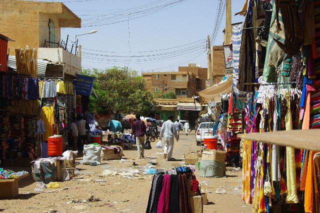 【スーダン周遊】 オムドゥルマンのスーク その2_c0011649_23551699.jpg