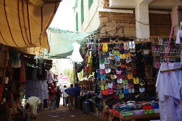 【スーダン周遊】 オムドゥルマンのスーク その2_c0011649_23571282.jpg