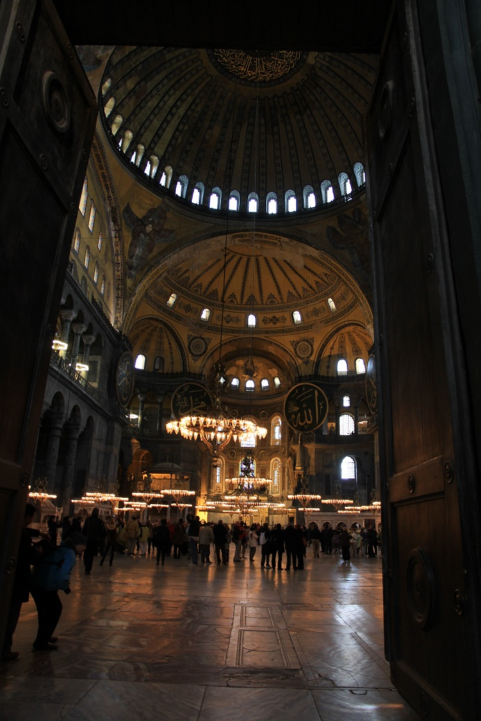 アヤソフィア その2    イスタンブール その19_a0107574_14452440.jpg